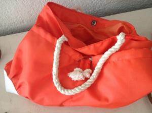 Bolsa (repelente al agua)LA ROCHE-POSAY