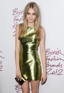 cara-delevingne-british-fashion-awards-2012-03